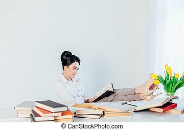 ufficio affari, sedere, ragazza, segretario, carta, cartelle
