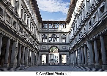 Uffizi Gallery at early morning