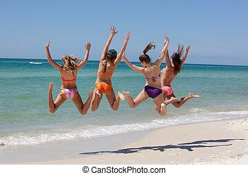 ugrás, tengerpart, tizenéves, 4 lány