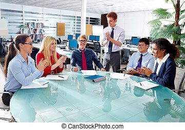 uitvoerend, handel team, klappende handen, vergadering