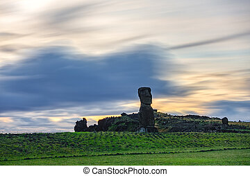 Ultra long exposure of single Moai in Easter Island - Ultra...