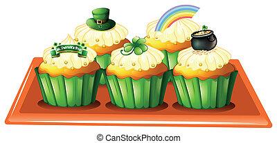 um, bandeja, com, cinco, cupcakes