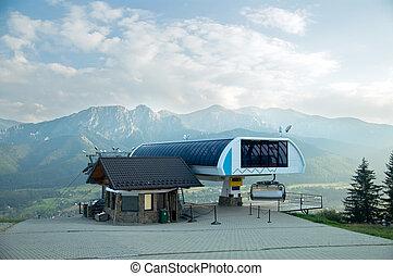 um, chair-lift, em, tatra, montanhas