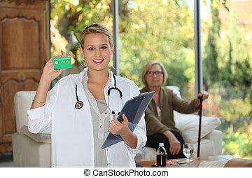 um, enfermeira, visitando, um, idoso, paciente, casa
