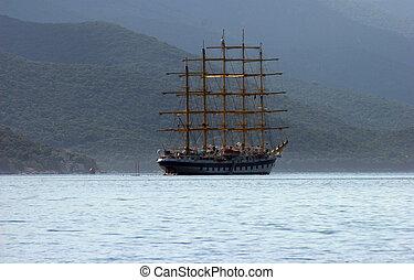 um, sailboat, mar