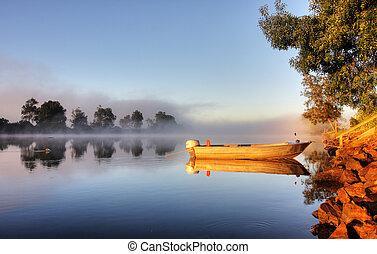 un, barco, en, niebla