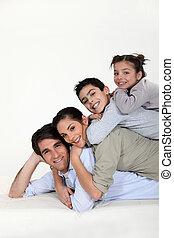 un, familia , pirámide