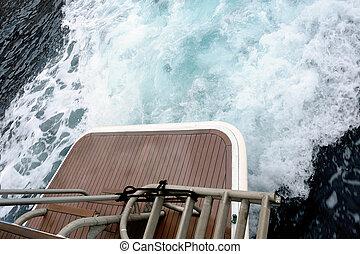 un, grande, lleno, velocidad, yate, en, el mar de mediterranean