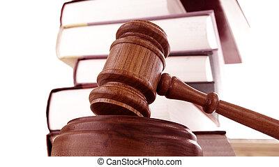 un, legal, martillo, y, libros de ley, pila