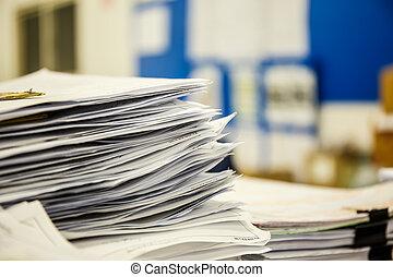 un, pila, de, documentos