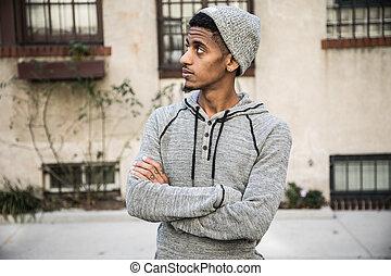 un, primer plano, retrato, de, un, joven, negro, en, ciudad nueva york