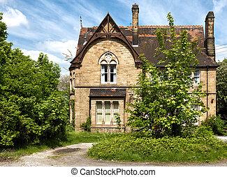 un, típico, inglés, casa, con, jardín