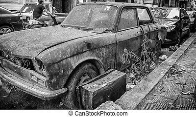 un, vecchio, rifiuto, parcheggiato, strade