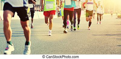 unbekannt, marathon, athleten, beine, rennender , auf, stadt- straße