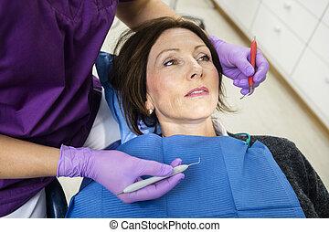 undersöka, klinik, tålmodig, tandläkare, redskapen