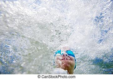 Underwater Splashing Kid