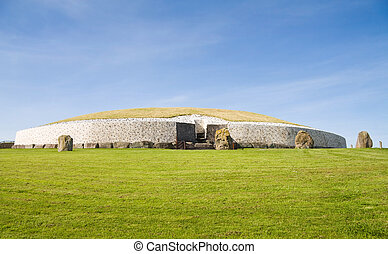 UNESCO Heritage - Newgrange, Ireland - UNESCO World...