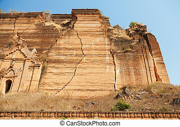 Unfinished pagoda in Mingun, Myanmar - Mingun Pahtodawgyi is...