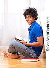 ung, afrikansk amerikan, studerande läsa, böcker, -, afrikansk, folk