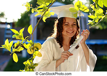 ung, akademiker, kvinna, lycklig, med, diplom