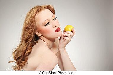 ung, attraktiv, kvinna räcka, a, citron