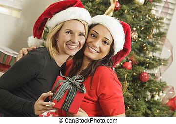 ung, blandad kapplöpning, flickvänner, med, julgåva