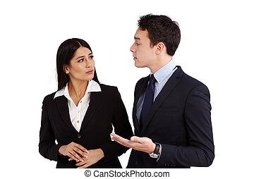 ung, caucasian, affärsman, prata, a, affärsverksamhet kvinna, disapprovingly
