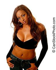 ung kvinna, blandad ethnicity, svart, sweater, jeans