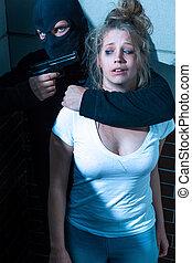 ung kvinna, i fara