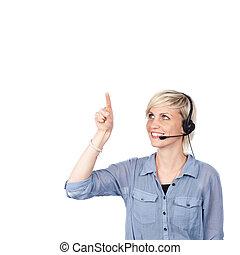 ung kvinna, med, hörlurar med mikrofon, visar, din, text