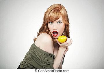 ung, lycklig woman, holdingen, a, citron