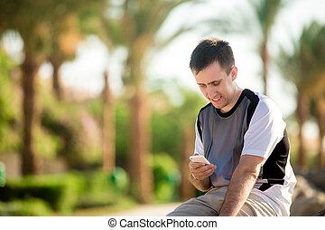 ung man, användande, app