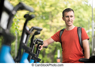 ung man, hyra, cykel