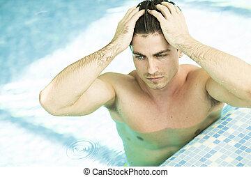 ung man, in, den, badbassäng