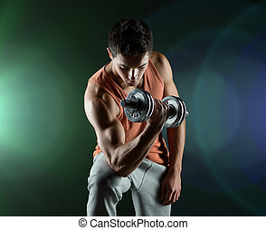 ung man, med, hantel, flexing bicepser