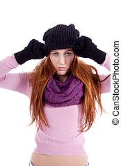 ung, vacker kvinna, med, hatt, handskar, och, scarf, in, vinter, isolerat