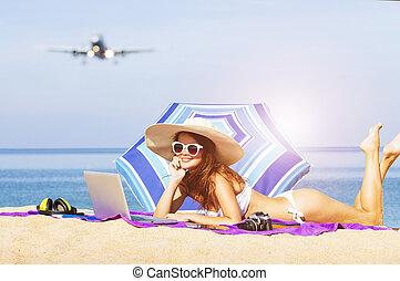 unga kvinnor, avnjut, semester, stranden