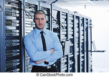 unge, det ingiør, ind, data centrerer, server rum