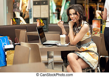 unge, og, smukke, kvinde branche, nydelse, en, kaffe, ind,...