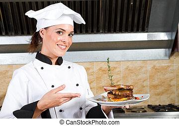 unge, smukke, kvindelig køkkenchef