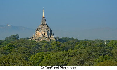 Unique Architecture of Htilominlo Temple in Bagan Myanmar -...