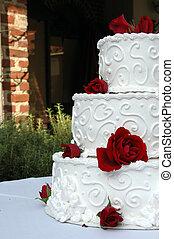 Unique crop wedding cake