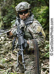 army ranger machine gunner