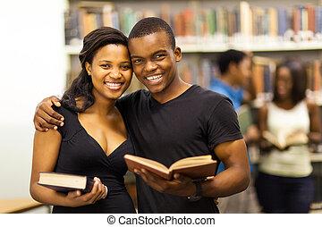 università, americano, coppia felice, africano