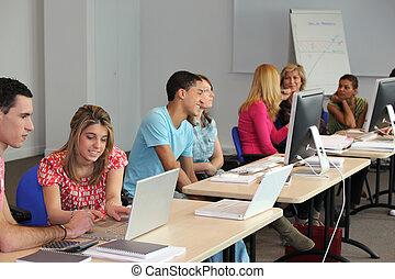 université, classe ordinateur