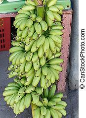 uno, banana