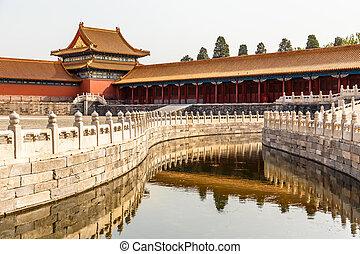 uno, de, el, interior, yardas, en, el, emperador, ciudad prohibida, ingenio, foso, cerca de piedra, y, adornado, torre, beijing, china
