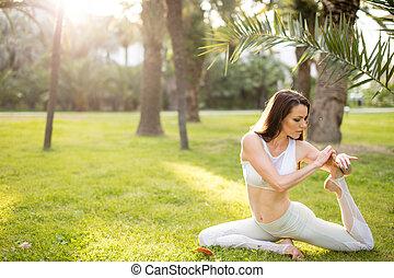 uno, fornito gambe, re, piccione, donna, esercizio, seduta, ...