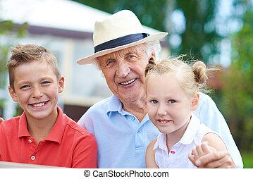 unokák, nagyapa