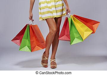 unrecognizable, sacs, papier, achats, personne